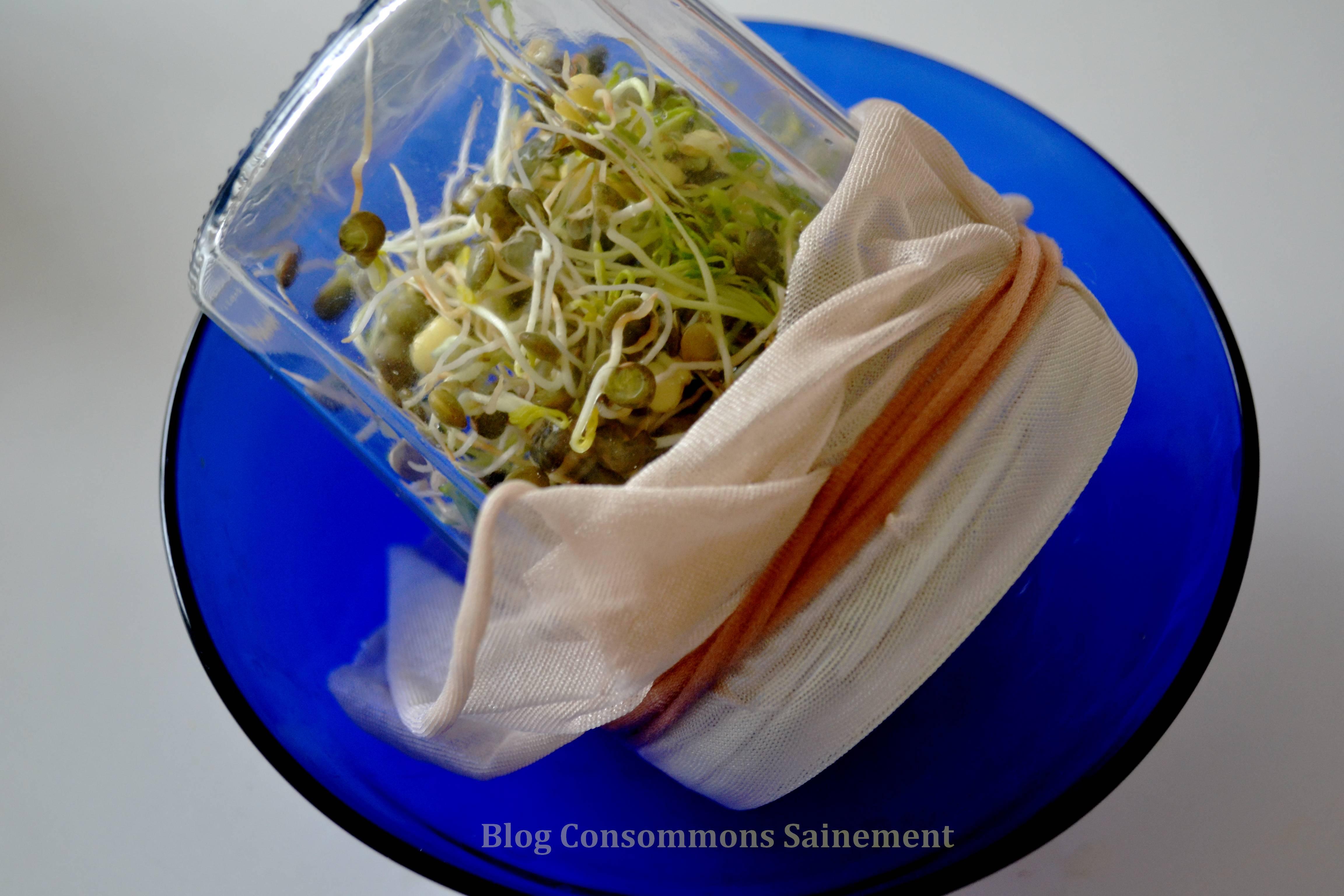 Comment recycler les collants démodés ou usagés ? En couvercles alimentaires !